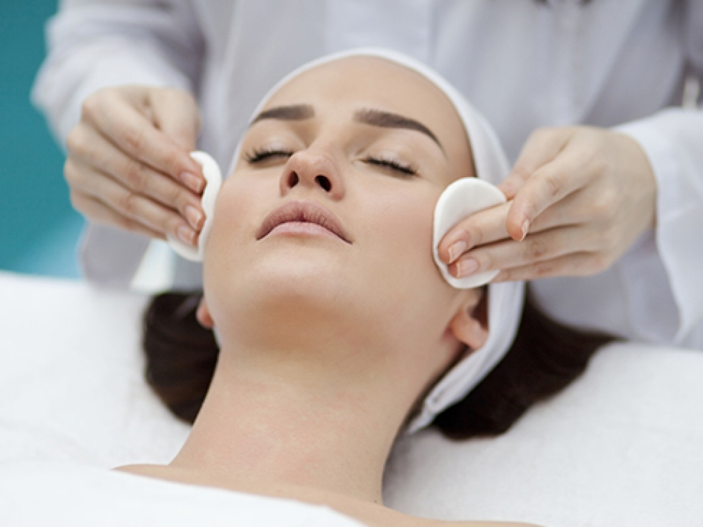 resurgence-plus-trattamento-viso-antirughe-codogno-brembio-casalpusterlengo-piacenza-lodi